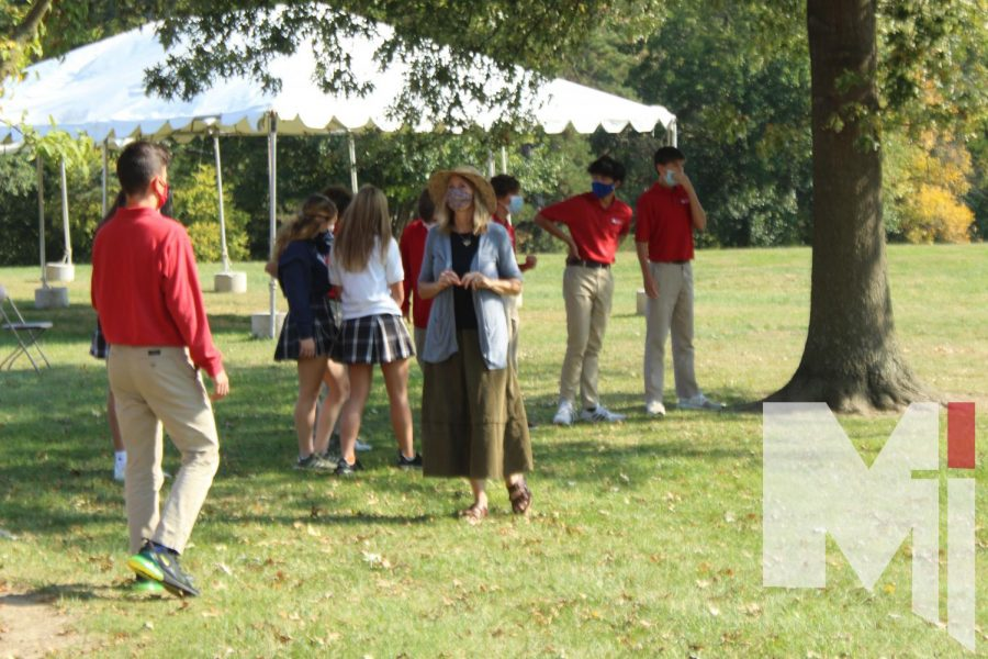 Mrs. Dessert's Spanish I class plays kickball to learn new vocabulary.