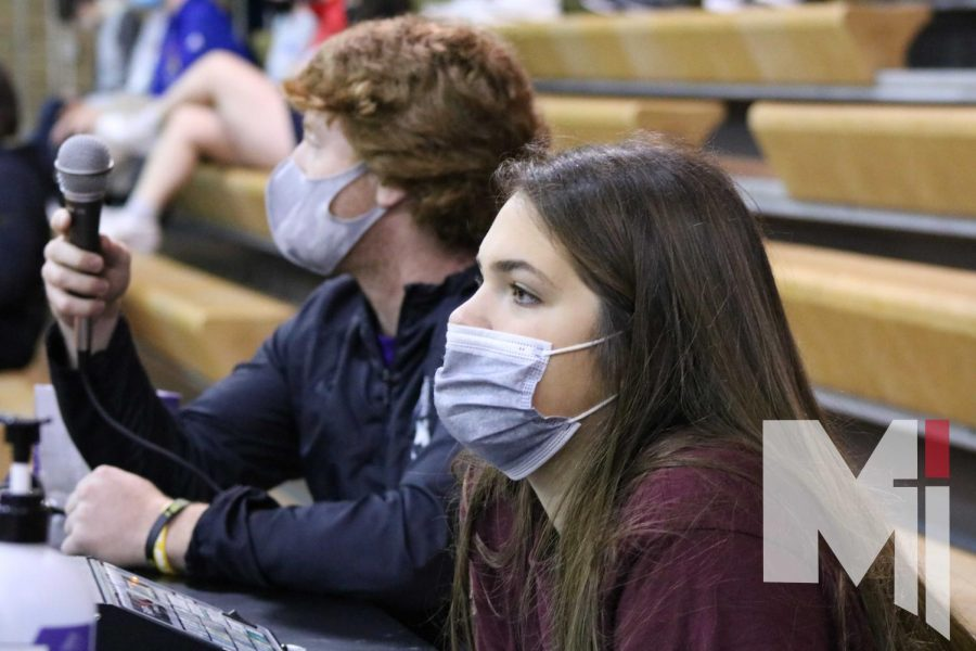 Juniors Jacob Welsh and Lizzie Weixeldorfer observe the relays on herd day while keeping score and commentating. Both Welsh and Weixeldorfer won executive for their herds.