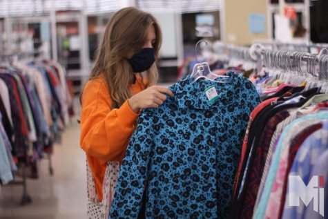 Friendly Fashion: Students thrift in their free time to add to wardrobe